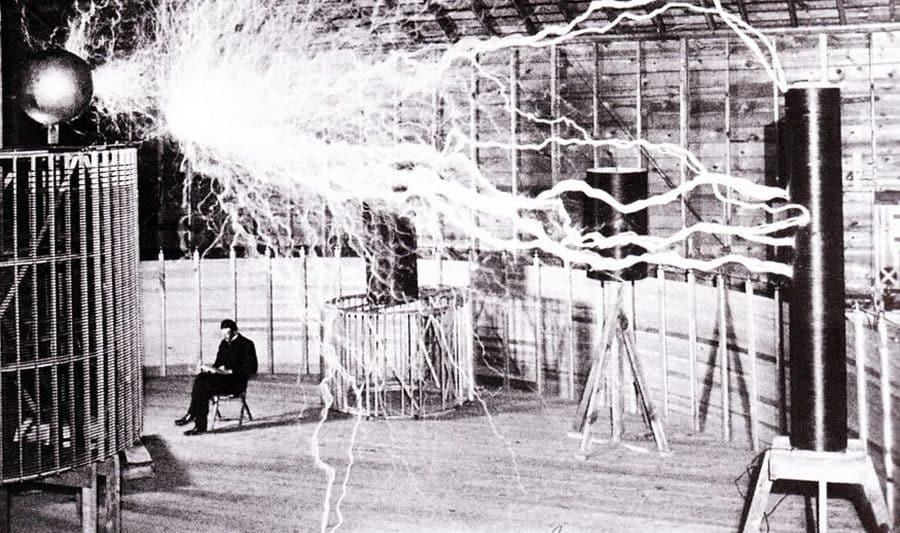Laborator Tesla